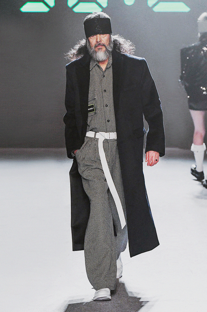 19FW SEOUL FASHION WEEK OFF SHOW HOLYNUMBER7